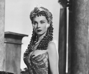 cleopatra and vivien leigh image