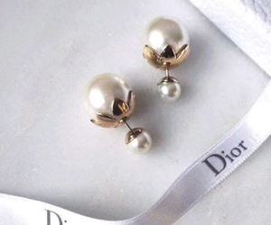 dior and earrings image