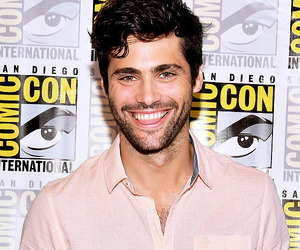 handsome, shadowhunters, and matthew daddario image