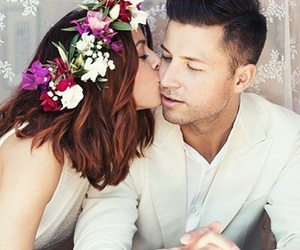 kiss, wolkenfrei, and wedding image