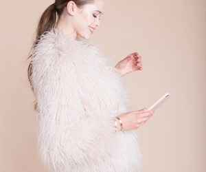 faux fur, fluffy, and idol image