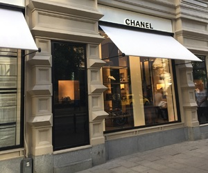 bags, store, and chanel image