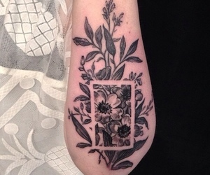 tattoo, flowers, and the 1975 image