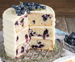 blueberry, buttercream, and cake image