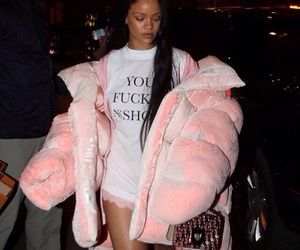rihanna, fashion, and pink image