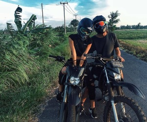 moto and tropical image