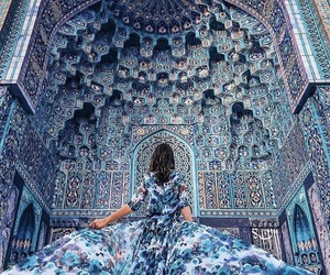 beautiful, dress, and mosque image
