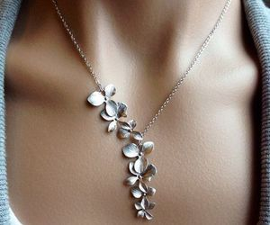 accessories, necklace, and flowers image