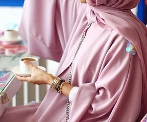 hijab, beauty, and abaya image