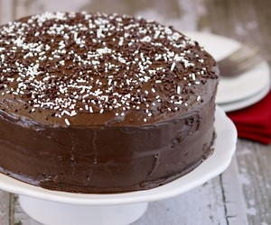 chocolate, chocolate cake, and delicious image
