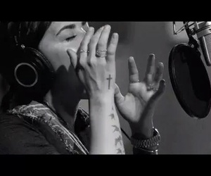 awesome, beautiful, and singer image