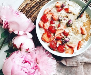 food, strawberry, and morning image