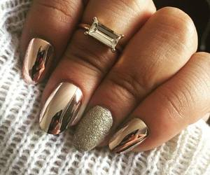 gold, nails, and cromo image