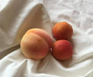 aesthetic, peach, and dessert image