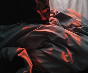 aesthetic, bed, and red image