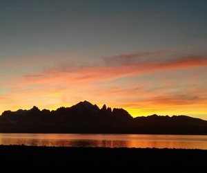 atardecer, sunset, and torres del paine image