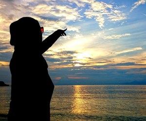 beauty, sky, and hijab image