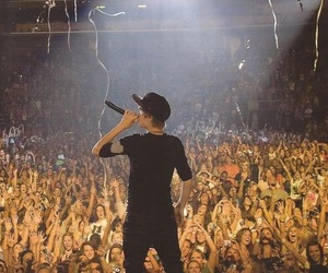 justin bieber and my world tour image