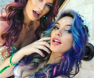 coachella, queens, and hannah stocking image