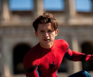 Marvel, spider-man, and tom holland image