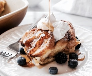 french toast and food image