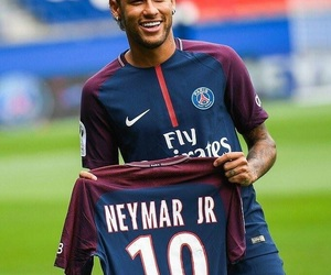 183 images about psg on We Heart It   See more about psg, football ... f8ce6fcfdf3c