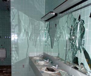 grunge, mirror, and broken image