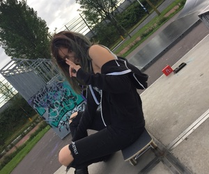 chill, skateboard, and skate image