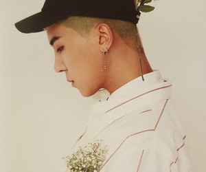 debut, mino, and winner image