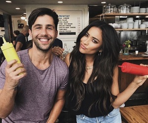Josh Peck, pretty little liars, and shay mitchell image