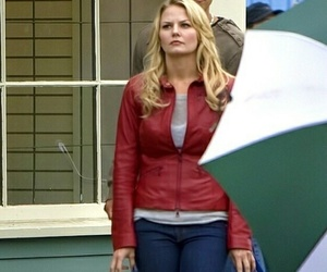 blonde girl, once upon a time, and emma swan image