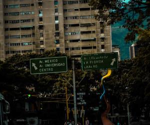 caracas, ciudad, and city image