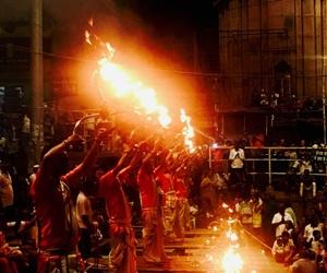 india, photography, and prayers image