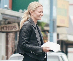 blonde girl, emma swan, and jmo image