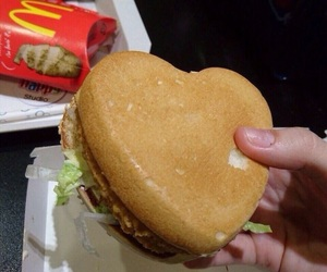 food, heart, and McDonalds image