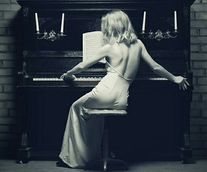 piano, black and white, and girl image