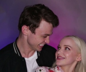 couple, descendants, and dove cameron image