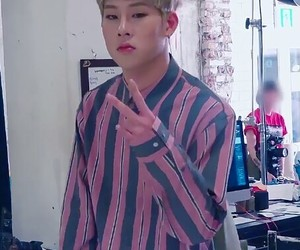 lq, low quality, and jooheon image