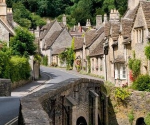 cotswolds and england image