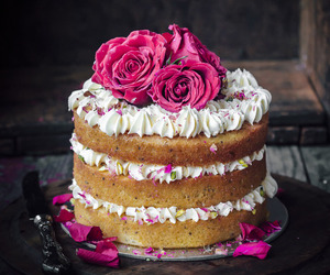 cake, colour, and flooring image
