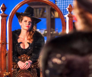 ginger, miror, and once upon a time image