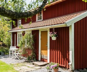 cottage and sweden image