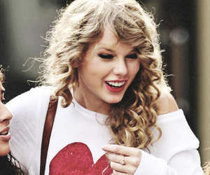 Taylor Swift, smile, and heart image