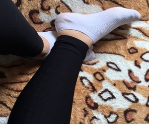 foot, heart, and legs image