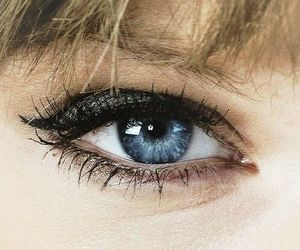 Taylor Swift, blue, and eye image