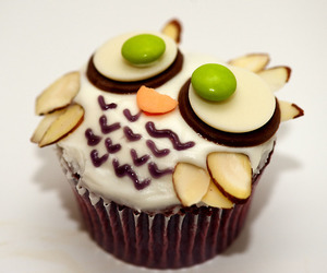 :), candy, and cupcake image