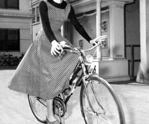 audrey hepburn, bike, and vintage image