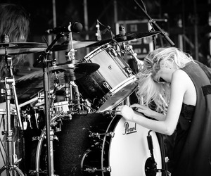 alternative, Taylor Momsen, and black and white image