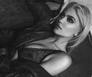 black&white, sexy, and kyliejenner image