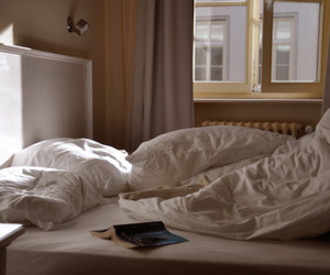 bedroom, comfy, and sunlight image